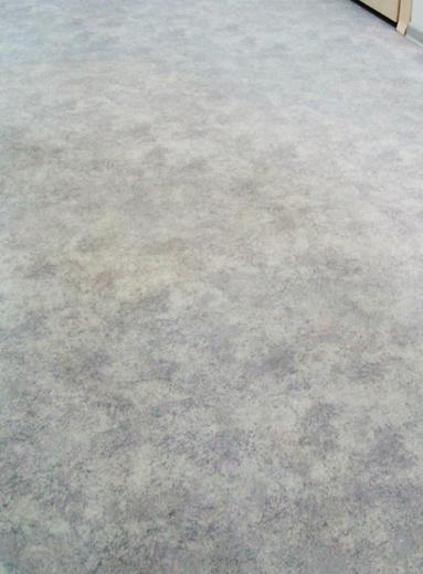 грязный линолеум